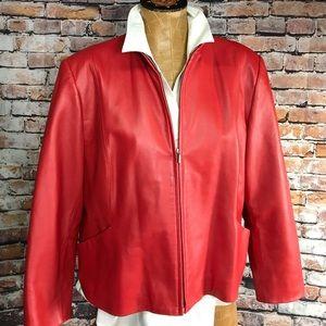 Nice short wasted leather jacket